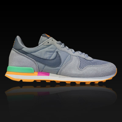 ����Ű ���ͳ׼ųθ���Ʈ, NIIKE WMNS INTERNATIONALIST, 629684-001